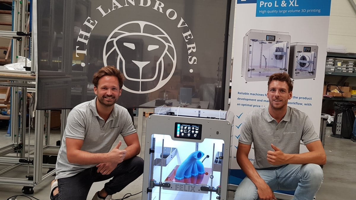 The Landrovers are happy with their new FELIX Pro L 3D printer